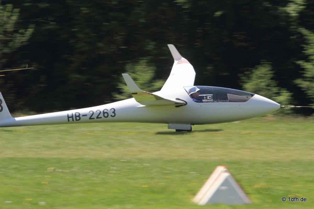 49. Internationaler Hahnweide-Segelflugwettbewerb 16.05.2015