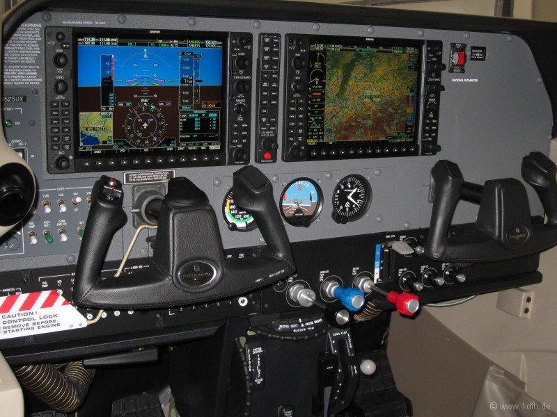 1dfh-aero2010_0002