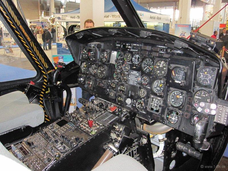 1dfh-aero2010_0025