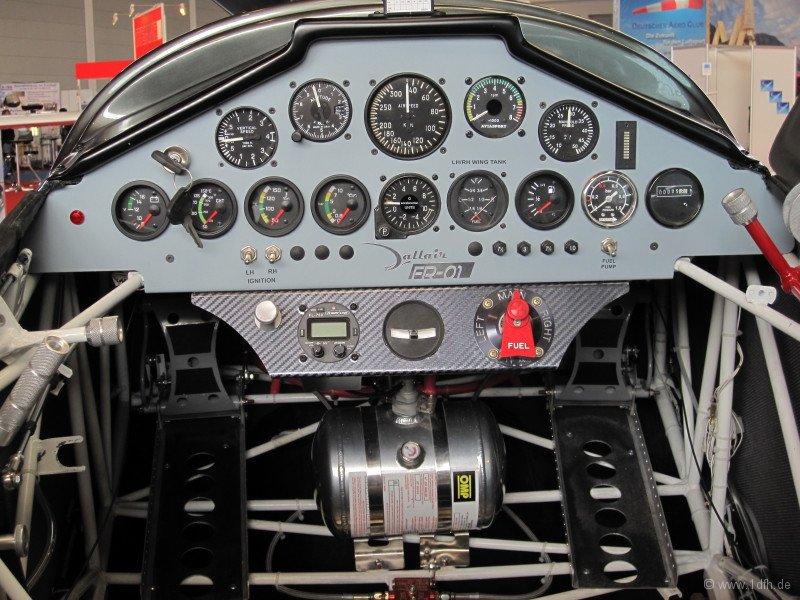 1dfh-aero2010_0040