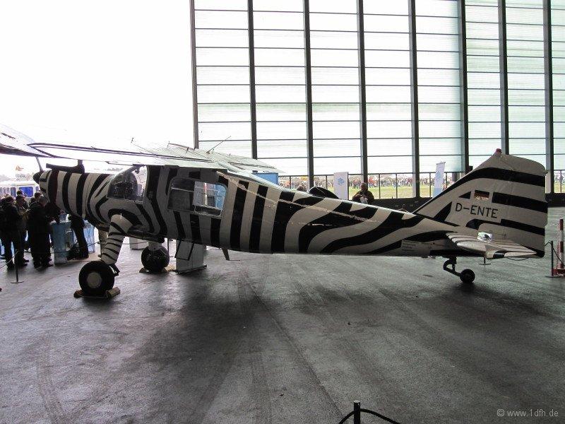 1dfh-aero2010_0048