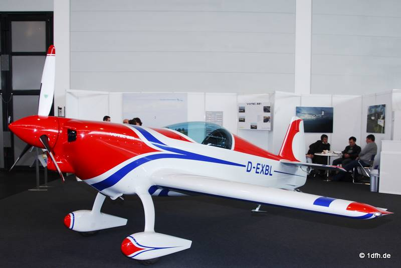 Votec 221, Glasfaser-Flugzeug-Service GmbH