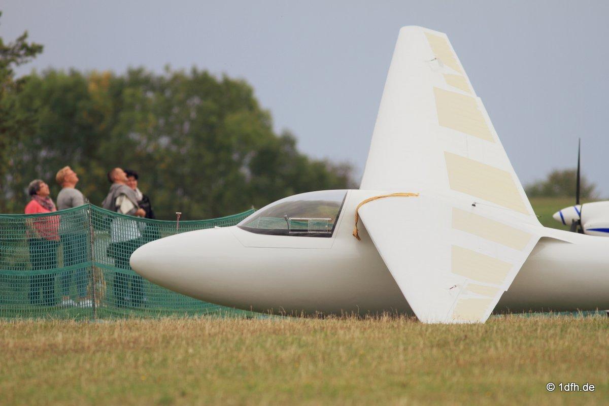 Holzfliegertreffen mit Flugplatzhock Hayingen 13.09.2015