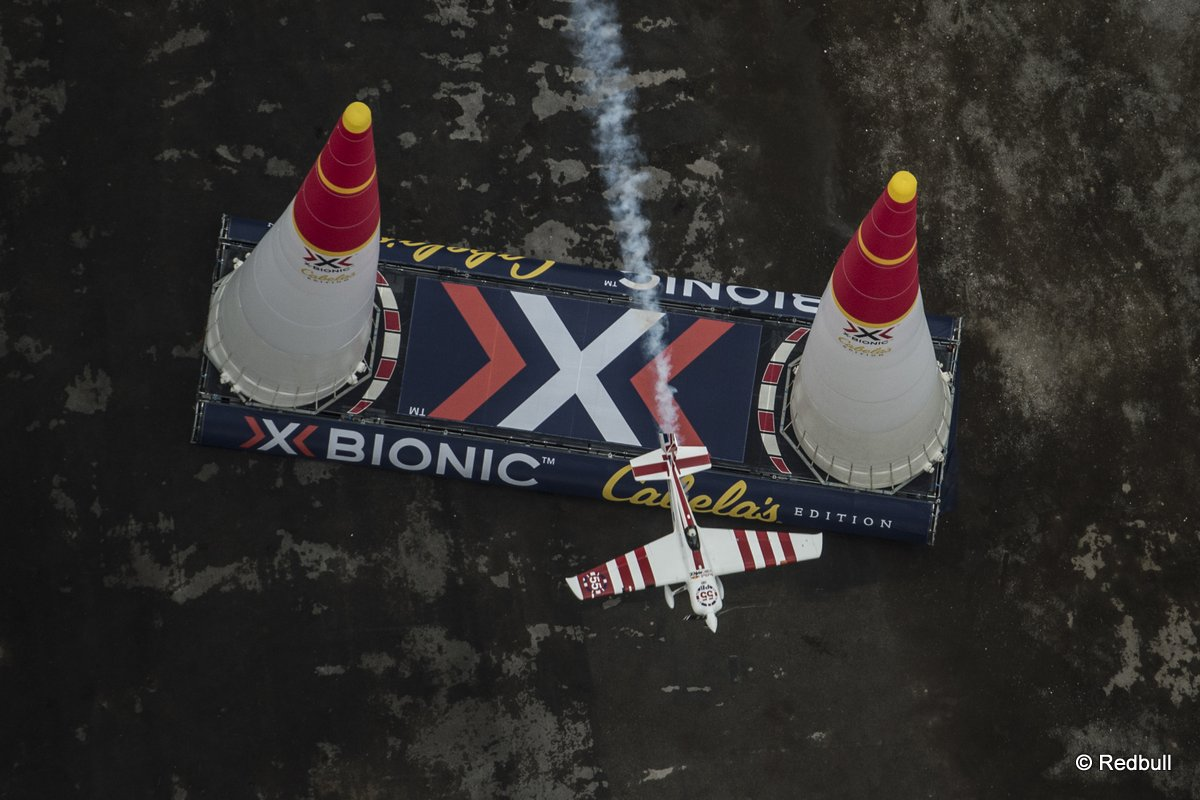 Paul Bonhomme of Great Britain performs during the finals of the eighth stage of the Red Bull Air Race World Championship at the Las Vegas Motor Speedway in Las Vegas, Nevada, United States on October 18, 2015.