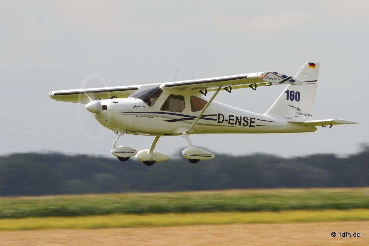 1dfh-segelflugmesse-22072012-002