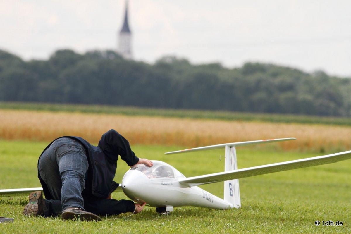 1dfh-segelflugmesse-22072012-010