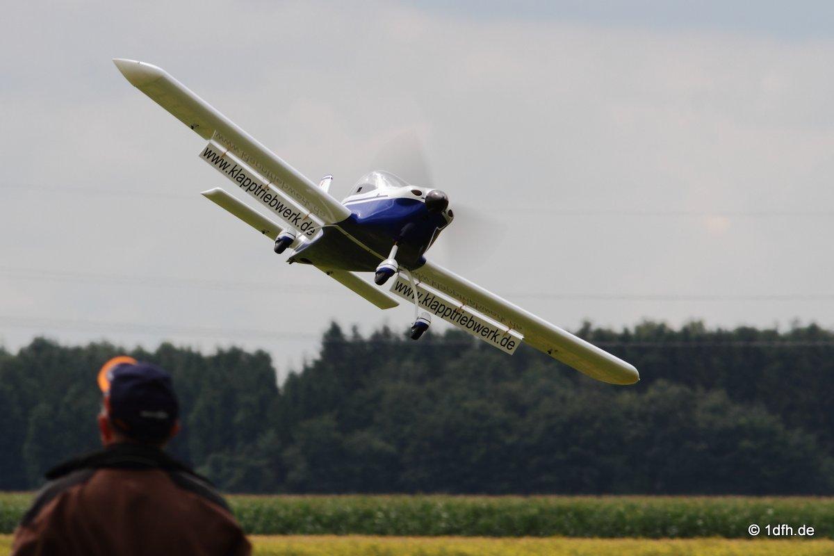 1dfh-segelflugmesse-22072012-012