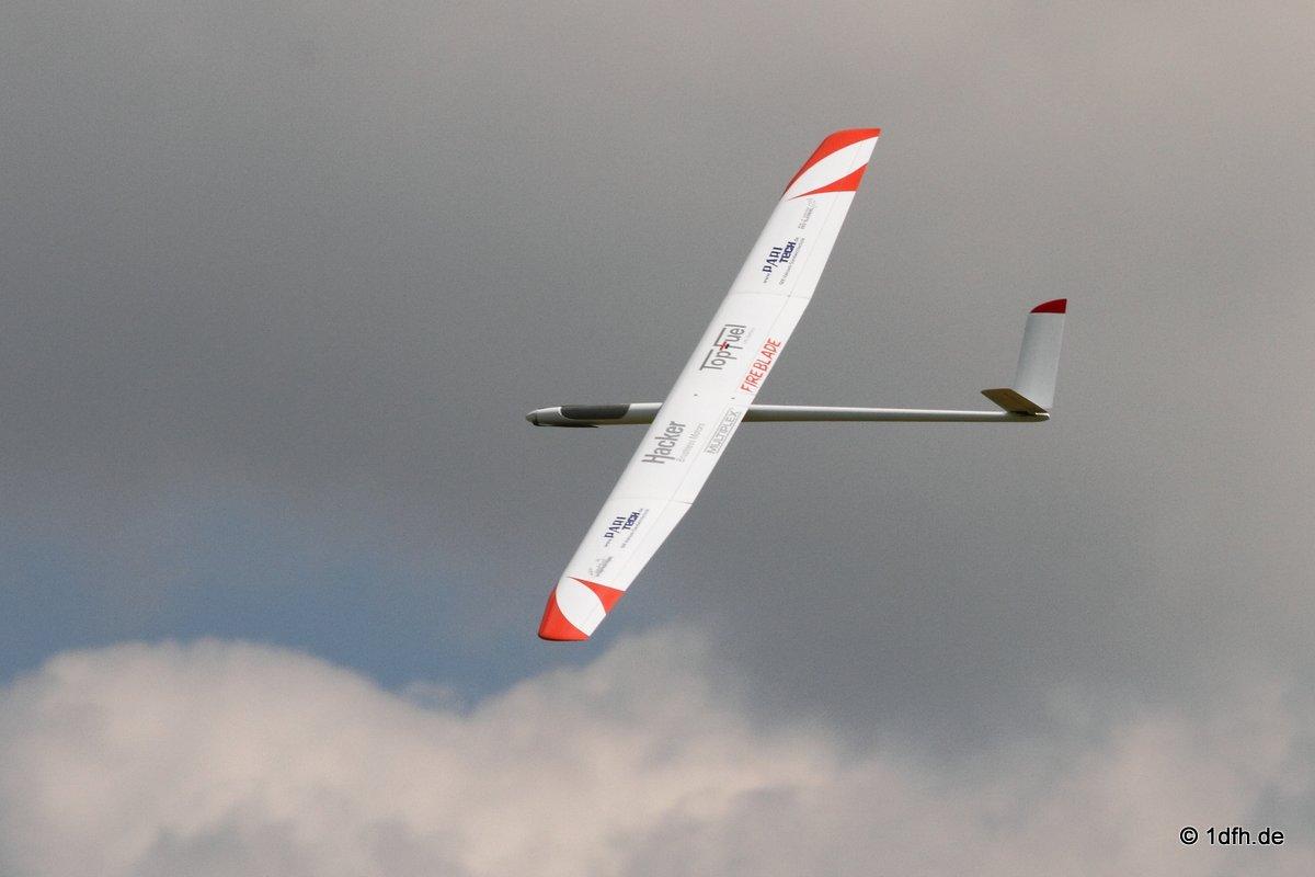 1dfh-segelflugmesse-22072012-082