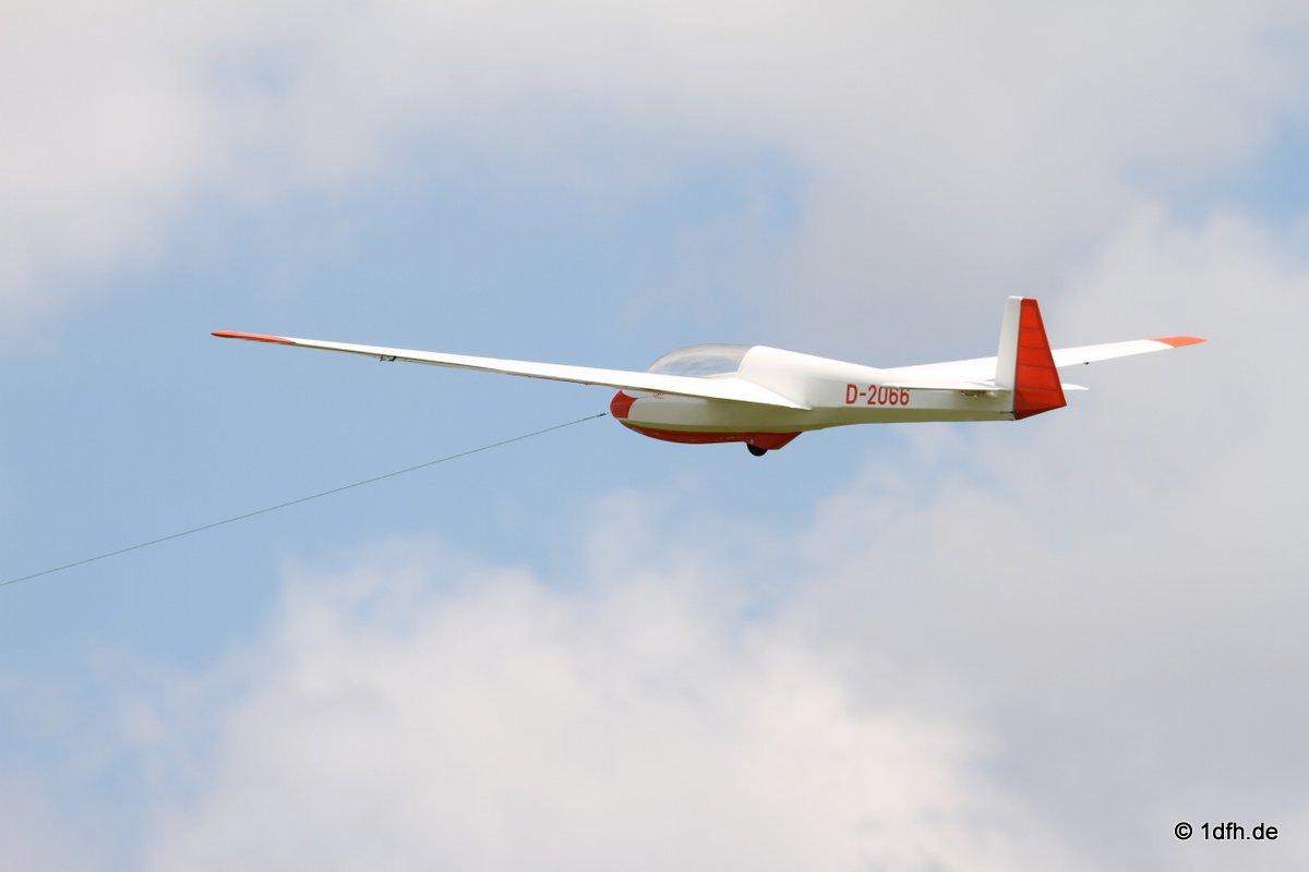 1dfh-segelflugmesse-22072012-088