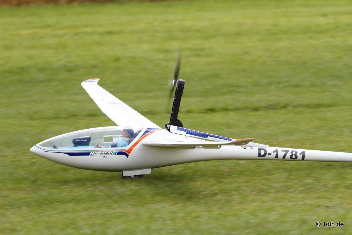 1dfh-segelflugmesse-22072012-096