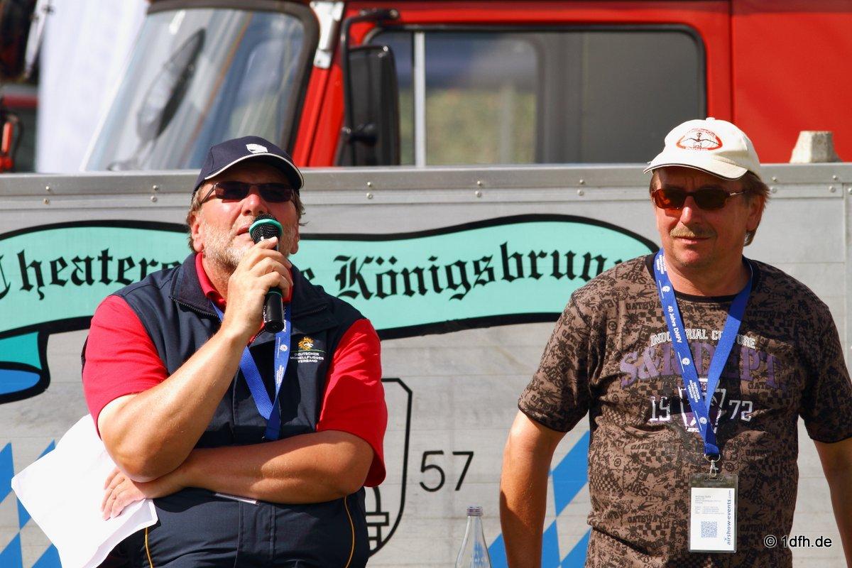 1dfh-segelflugmesse-22072012-104