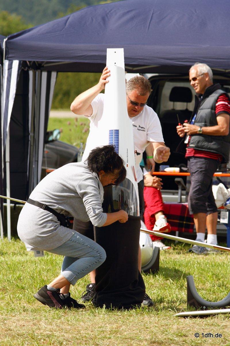 1dfh-segelflugmesse-22072012-105