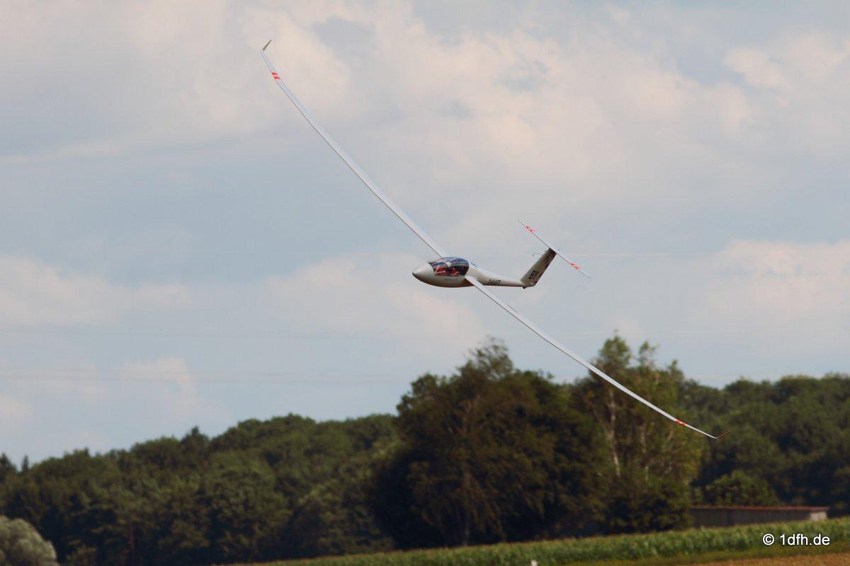 1dfh-segelflugmesse-22072012-108