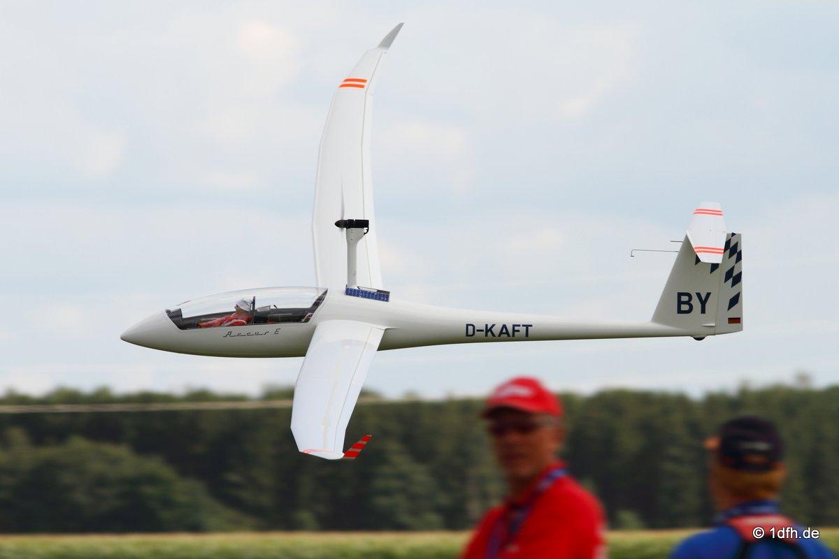 1dfh-segelflugmesse-22072012-109