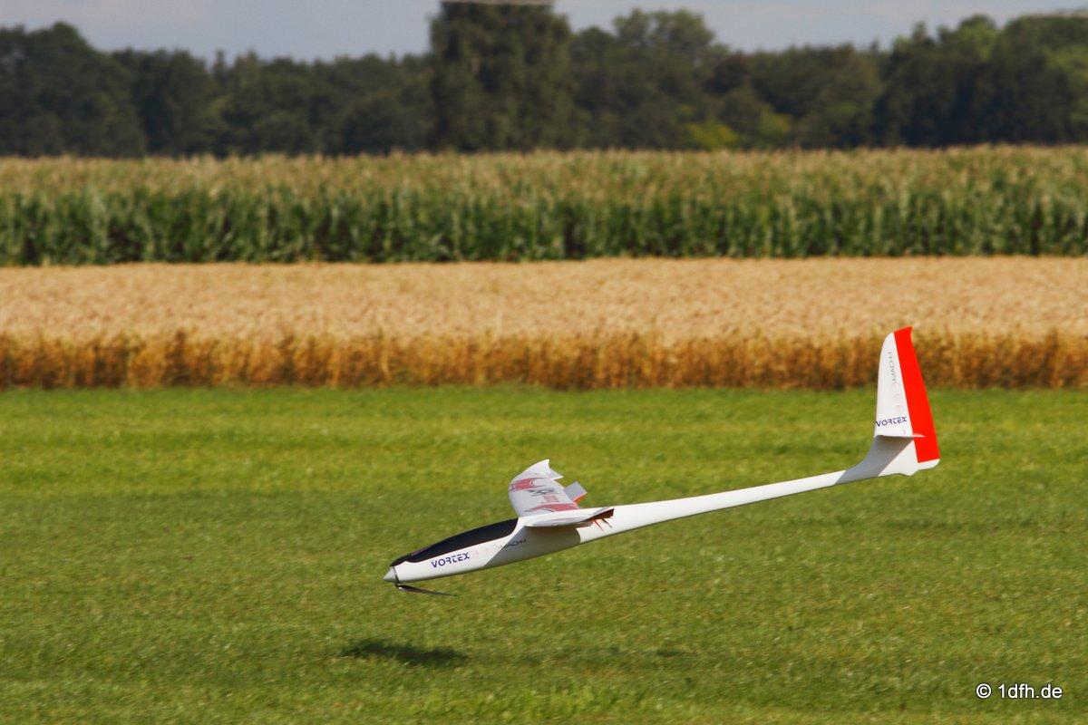 1dfh-segelflugmesse-22072012-123