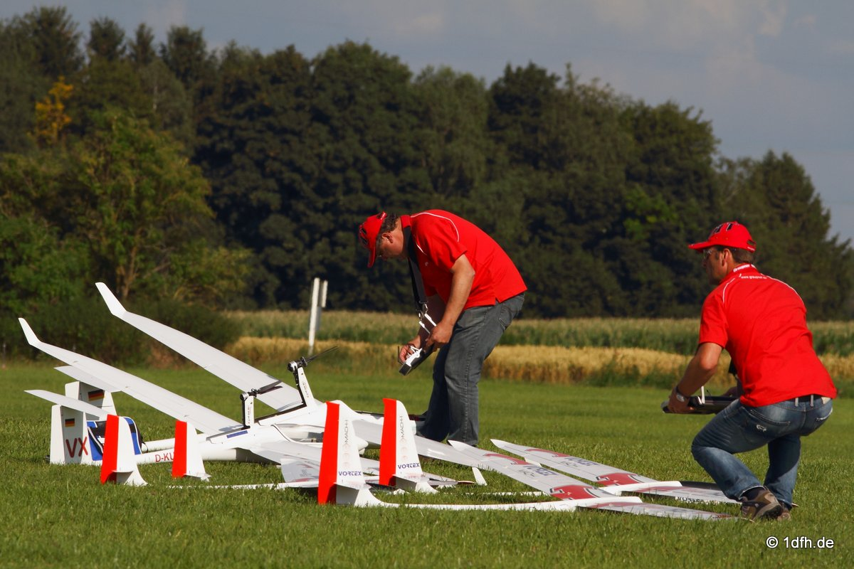1dfh-segelflugmesse-22072012-125